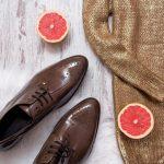 ¿Cómo limpiar zapatos de charol?