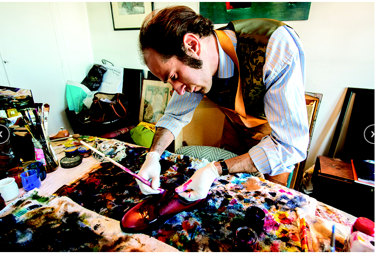 Emmanuel  Farré, the artist who creates with Tarrago Brands