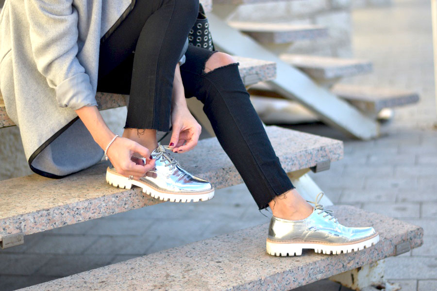 Metallic colors: the fashion trend for your shoes