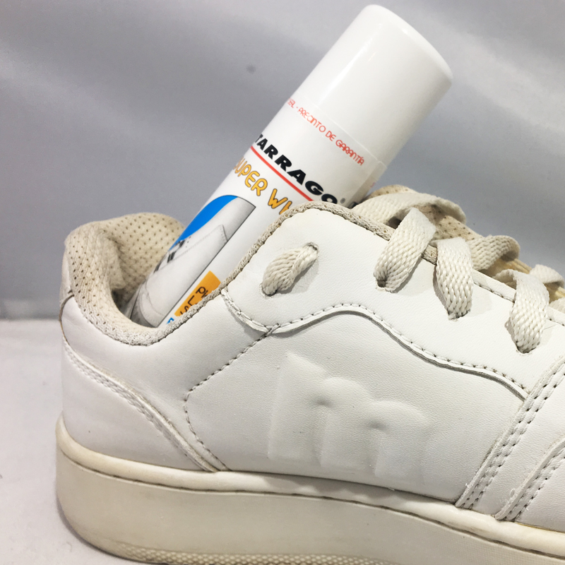Restoring a white Mustang sneaker with Tarrago Range